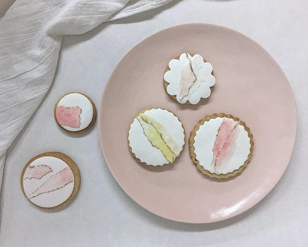 pretty modern wedding cookies.jpg