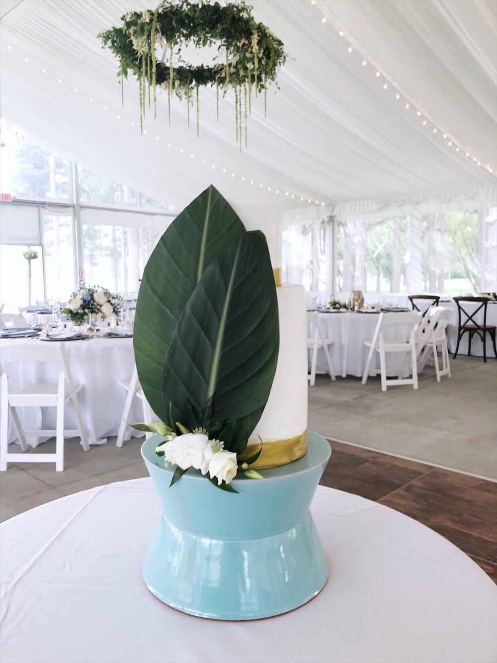 clean modern tiered wedding cake bishops bay.jpg