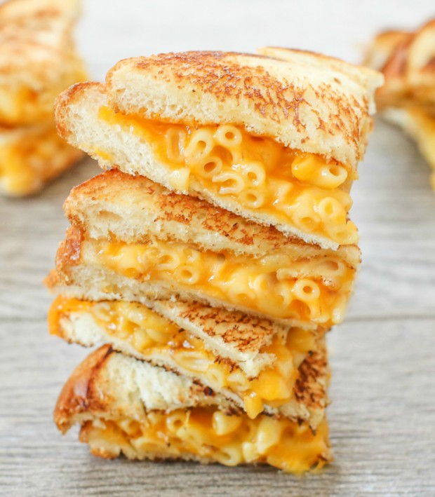 grilled-macaroni-cheese-sandwich-026-620x709.jpg