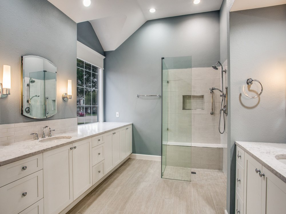Creekbend Master Bathroom