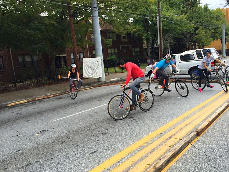 Bike polo on Boulevard.