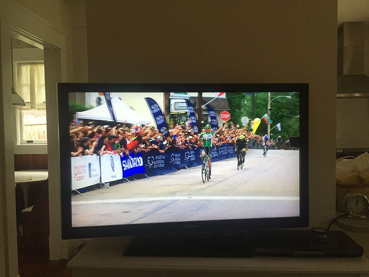 Philadelphia International Cycling Classic was exciting! Not only did it feature Chris Horner throwing his bike and getting a tow back to the peloton, but Prades Reverte (Caja Rural-Seguros) won on a Fuji Transonic!