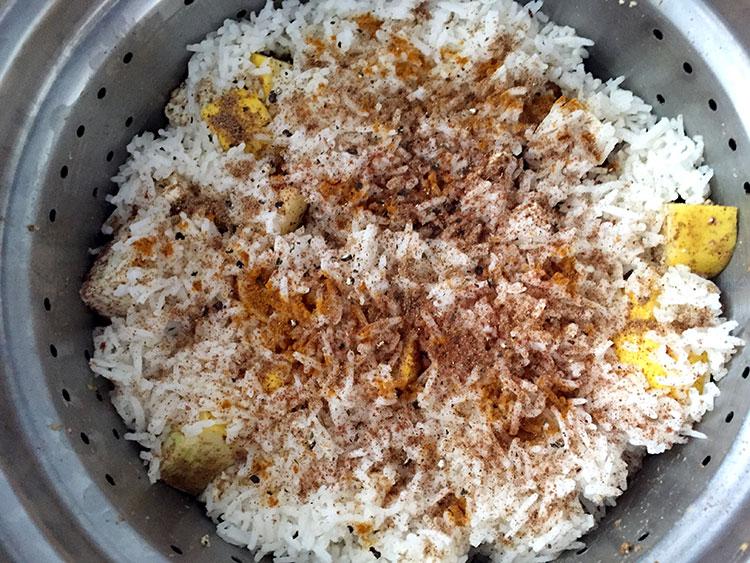 Mmmmm curried steamed veggies and rice.