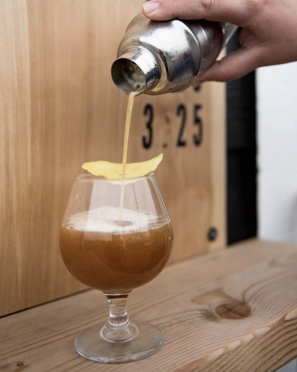 The Arnie    A twist on the classic - sweet, delicate Ethiopian cold brew shaken over ice with an organic lemonade and a Coffee Blossom Honey infused lavender simple syrup,  delightful !   Recipe:  @laddercoffee   Photo:  @captured.relativity