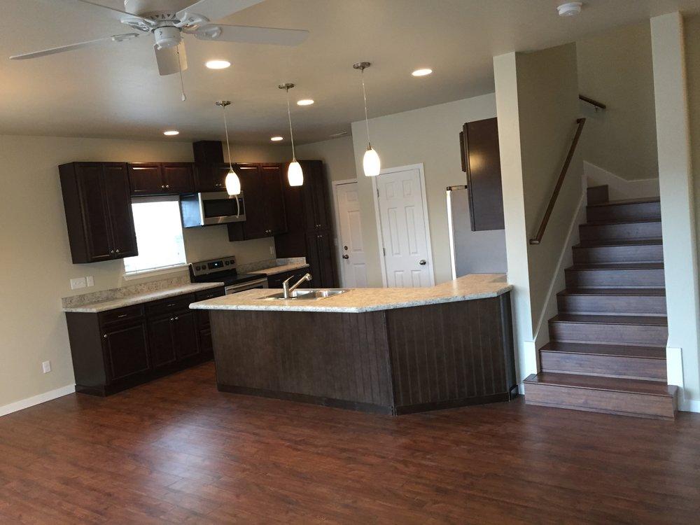 EW large kitchen.jpg
