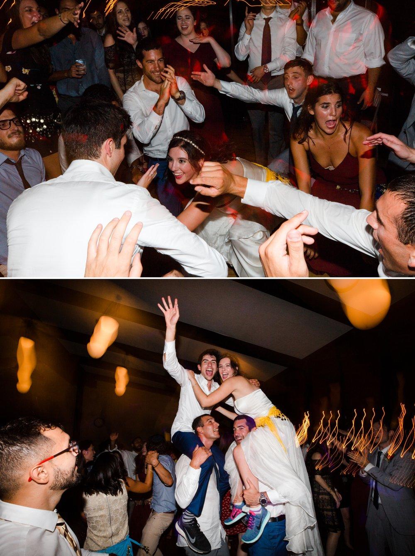 24-fun-wedding-seattle-washington.jpg