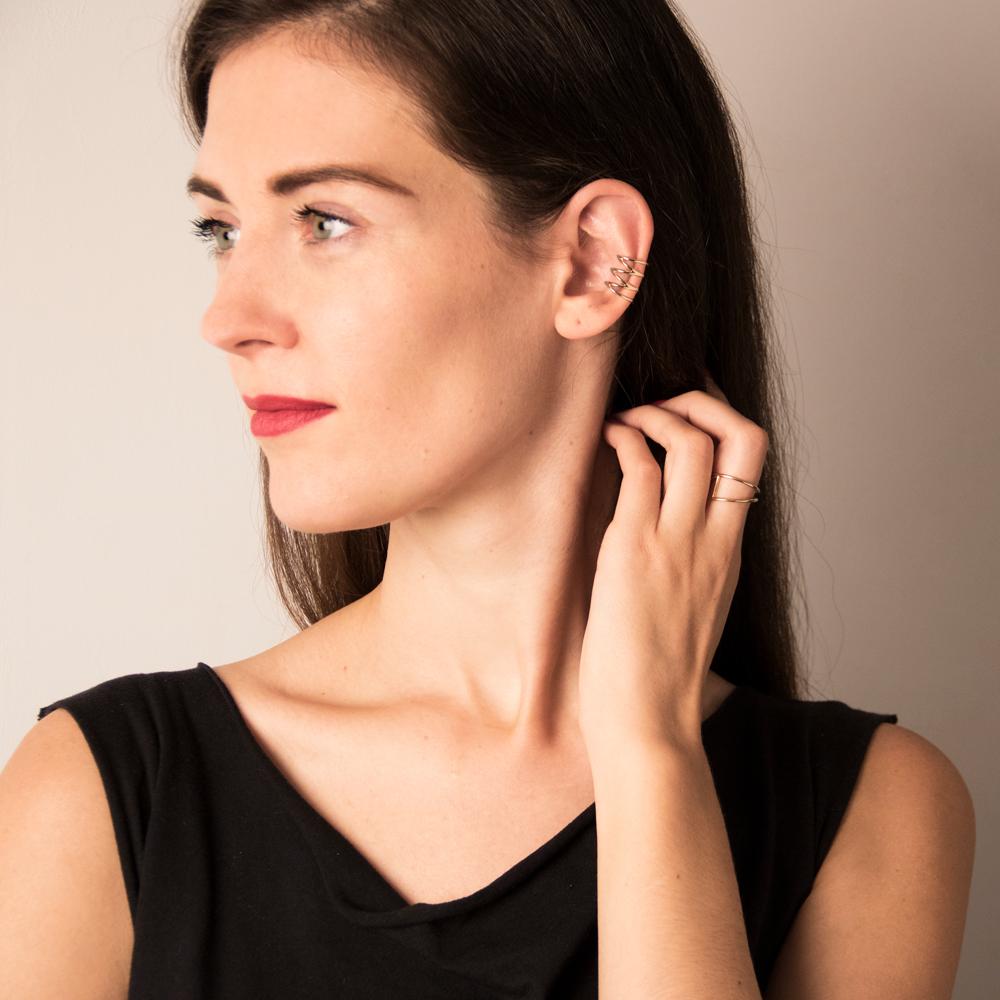 "EAR cuff ""pauline"" length: 1.7cm and diameter: 11mm"