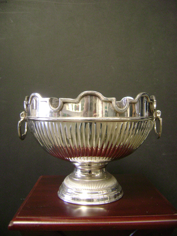 Silver urn with handles