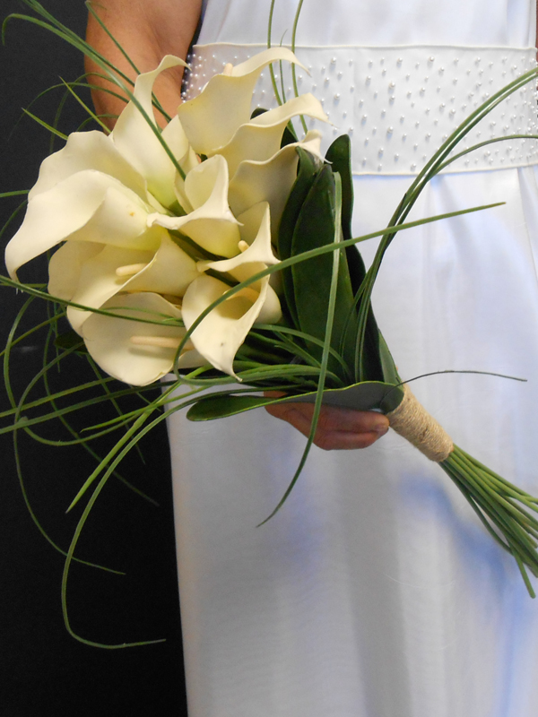 Bridal bouquet with long white callas