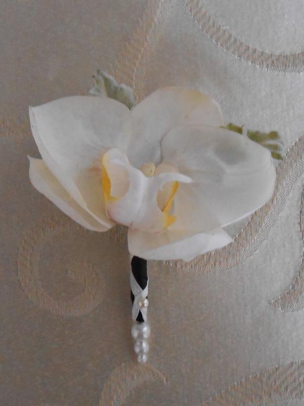 White phaleonopsis boutonniere