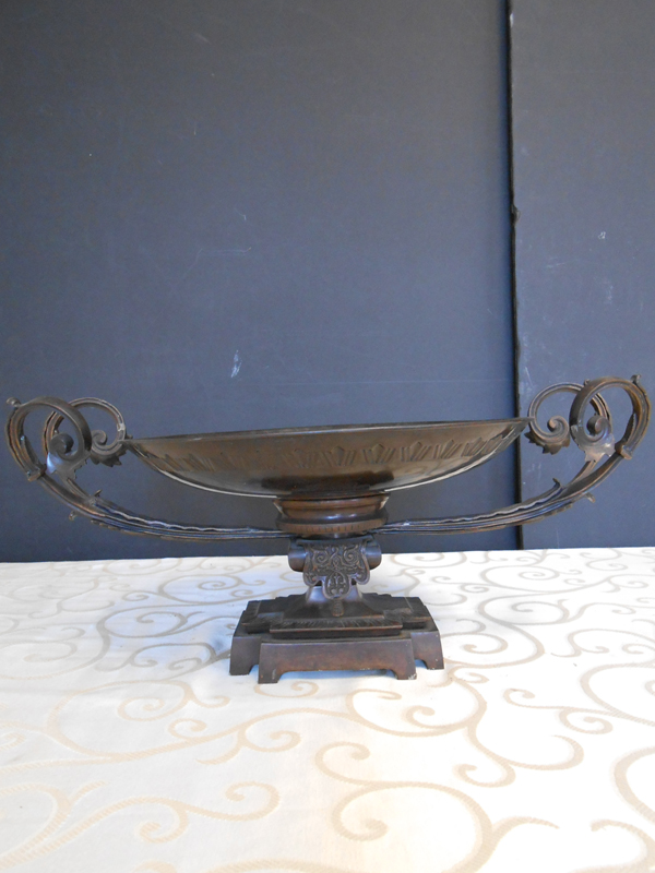 Bronze low footed dish