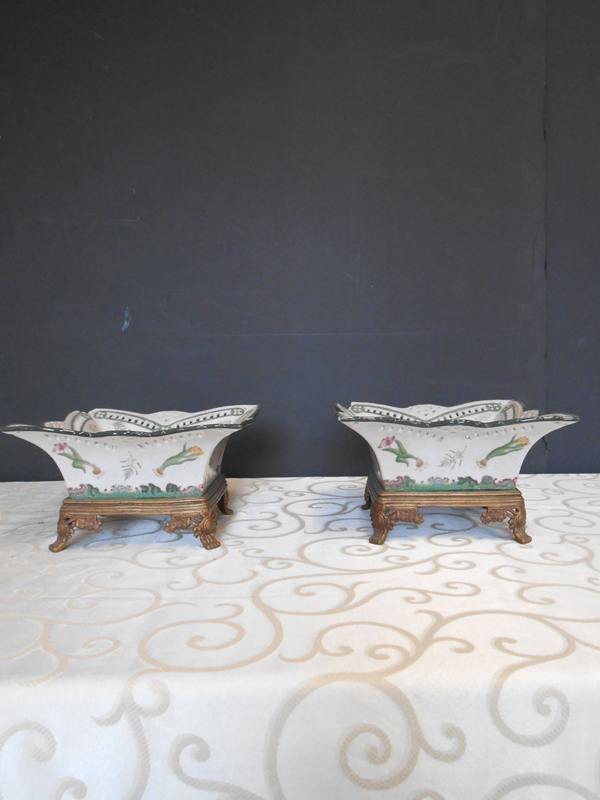 Botanical footed Asian Ceramic dish
