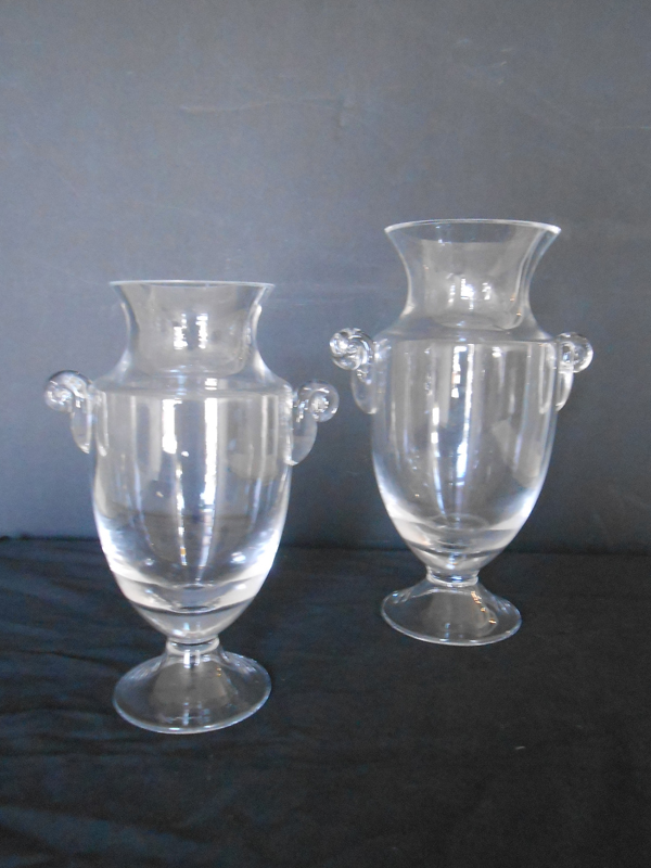crystal vasse with handles