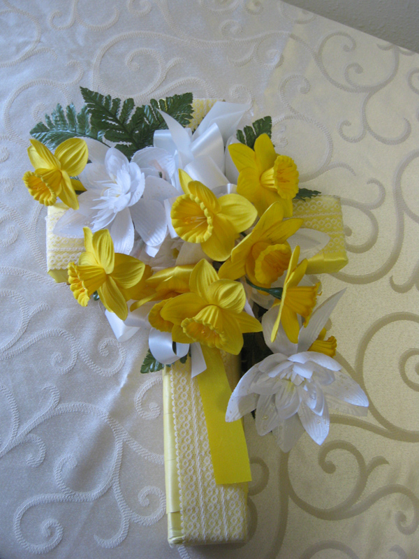 Yellow ribbon cross