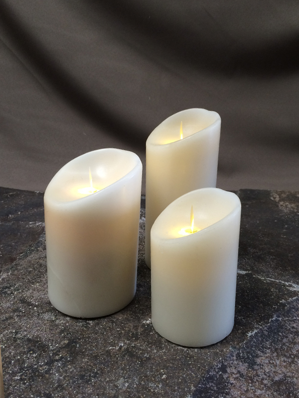 Assorted sizes battery candles