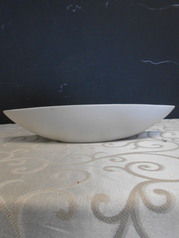 White ceramic oblong bowl