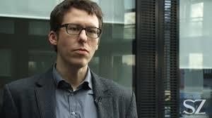 Phóng viên Obermayer báo Suddeutsche Weitung, người được tiết lộ tin Mossack Fonseca