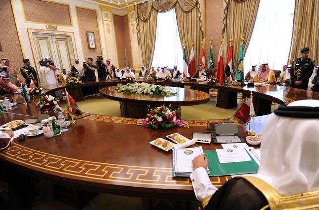 Saudi Arabia và các nước Ả Rập sản xuất dầu theo Hồi giáo Sunni hội họp (Hội đồng hợp tác vùng vịnh (Gulf Cooperation council - GCC)). Nguồn internet.