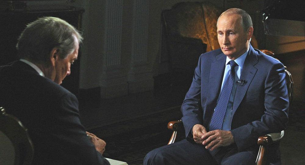 Charlie Rose phỏng vấ Putin, nguồn internet