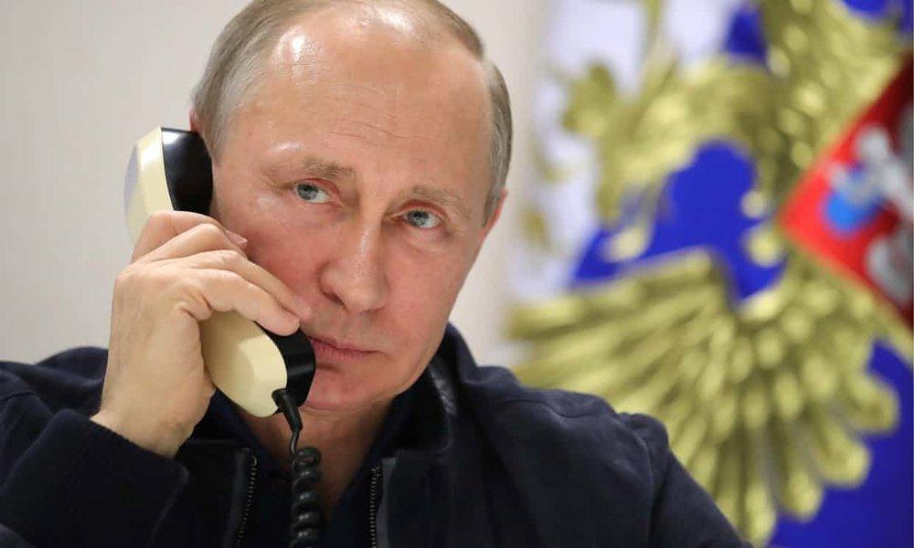 Tổng thống Putin nói chuyện với tổng thốngTrump về sự chấm dứt chiến tranh Syria sau khi thảo luận với tổng thống Syria Assad (tháng 11/2017). (Tin The Guardian, Hình Tass)