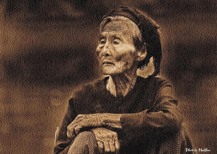 Mẹ Việt Nam. Nguồn internet.