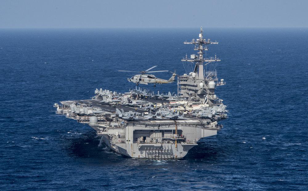 Hàng Không Mẫu Hạm Carl Vinson. Nguồn internet.