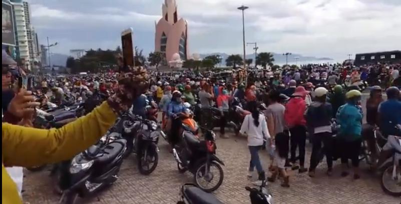 Biểu tình tại Khánh Hòa Nha Trang, ngày 10 tháng 6, 2018. Nguồn internet.