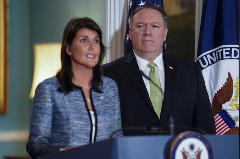 Đại sứ Mỹ Nikki Haley (trái) và Ngoại trưởng Mỹ Mike Pompeo thông báo cho biết chính phủ Mỹ rút ra khỏi Ủy ban Nhân quyền Liên hiệp quốc (UN human rights council) (nguồn internet.)