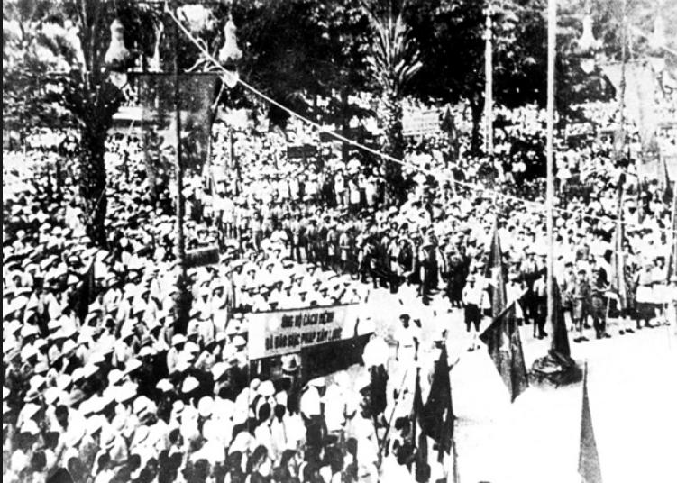 Việt Minh cướp chính quyền ngày 19 tháng 8 năm 1945. Nguồn internet.