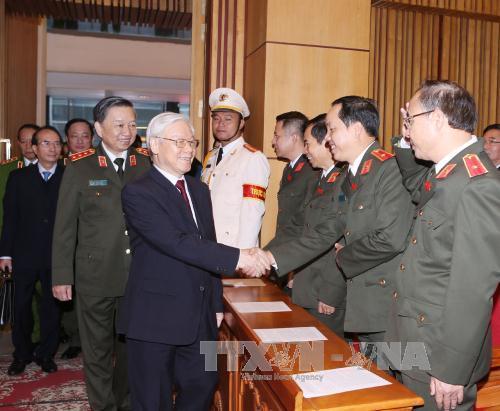 """Nguyễn Phú Trọng, tại Hội nghị Toàn quốc lần thứ 72 ngành công an, đã tuyên bố """"Cán bộ, chiến sĩ Công an nhân dân phải là những người hết lòng trung thành với Đảng, chỉ biết 'còn Đảng, còn mình""""."""