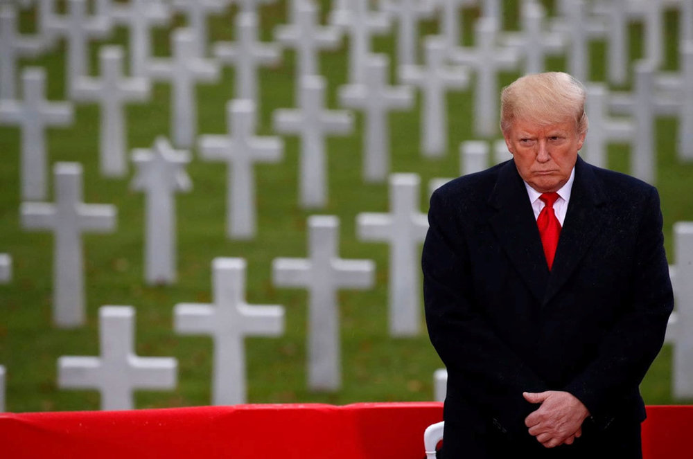 Tổng thống Donald Trump tham dự lễ kỷ niệm 100 năm kết thúc Thế chiến I. Ảnh:  AP .