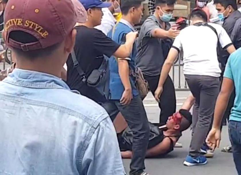 William Nguyễn bị đánh và bị bắt (nguồn internet)