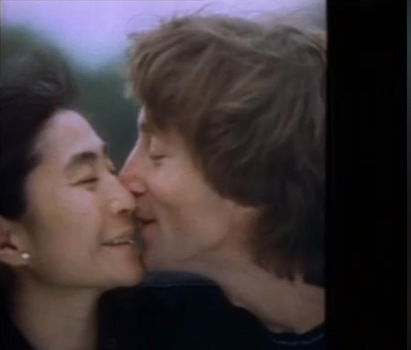 John Lennon và người vợ thứ hai của ông ta, Yoko Ono. Nguồn internet.