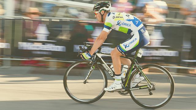 8336811513_aeb3eb7dee_z (cycling)