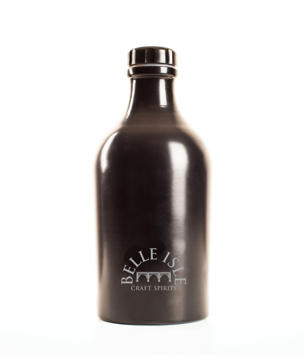 belle_isle_shine_growler.jpg