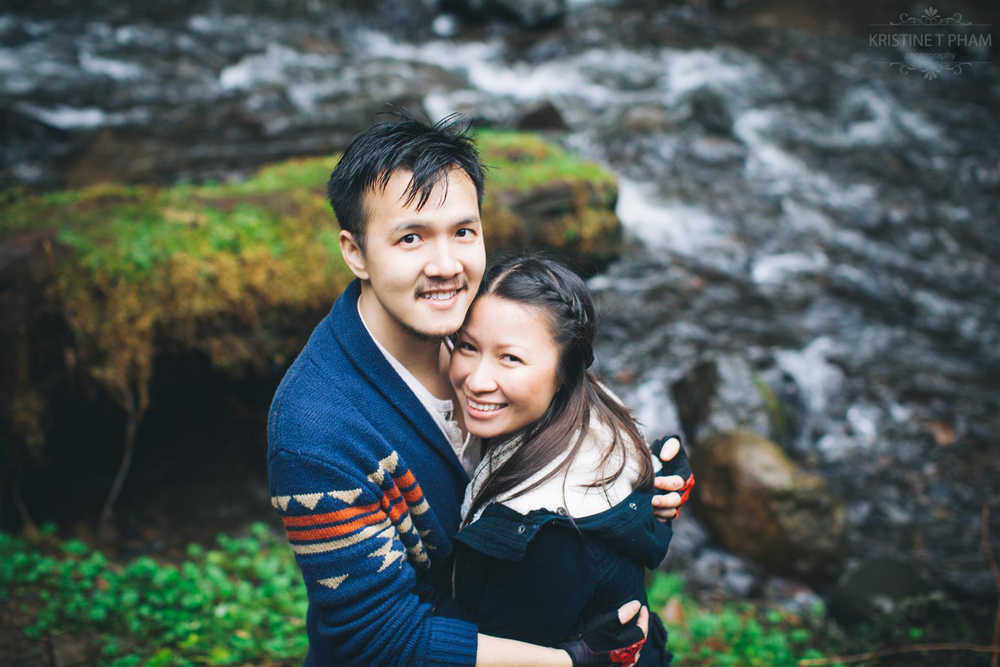 HUONG & TRIET'S COLUMBIA GORGE ENGAGEMENT SESSION