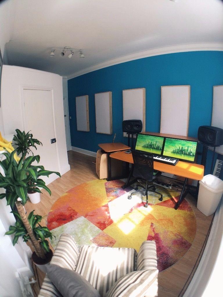Earvision Studio Recording Studio in Bromley.jpg