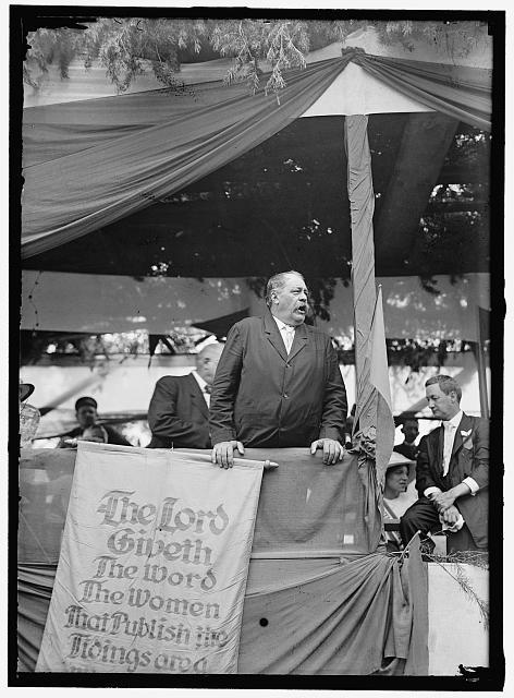 Women's Suffrage March to the Senate | Circa 1913