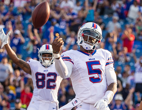 Buffalo Bills QB Tyrod Taylor is a must-add in fantasy football leagues.