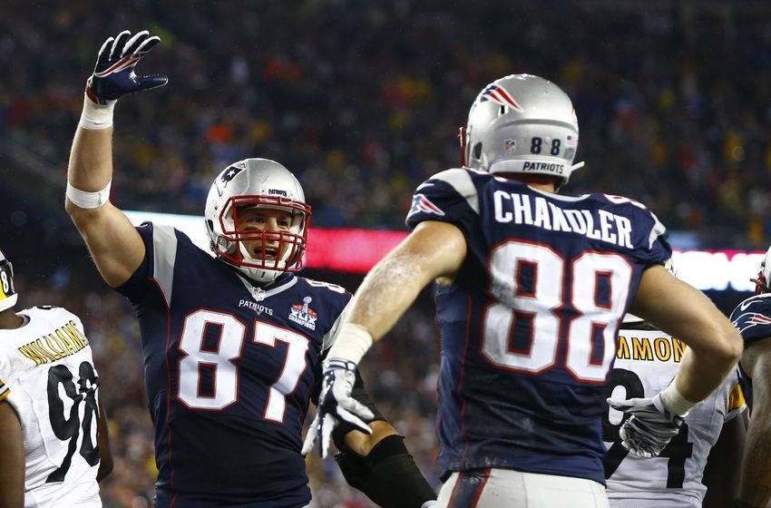 With Rob Gronkowski sidelined, Scott Chandler is a fantasy football must-add.