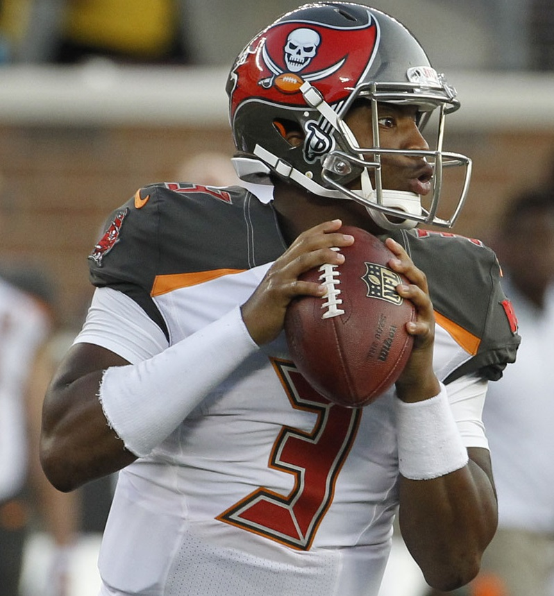 Jameis Winston (QB-TB) is a value DFS play on DraftKings in NFL week 1.