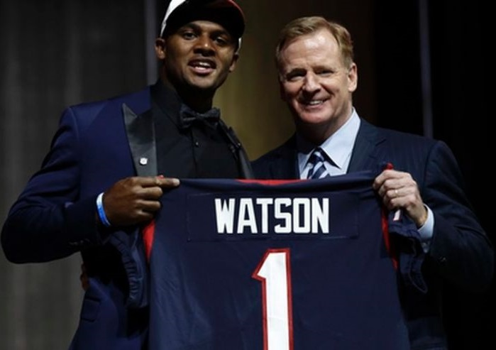 DeShaun Watson (QB-Hou) should be the starting quarterback for the Texans early in the 2017 season.