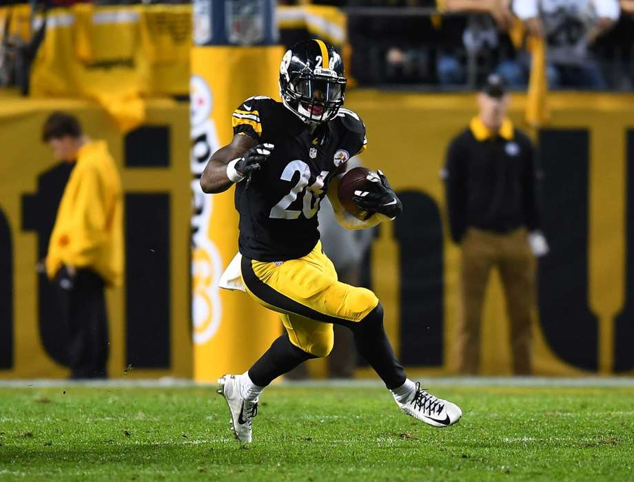 Le'Veon Bell  lived up to his possible #1 overall Fantasy draft pick last week with a 34.6 point performance last week.