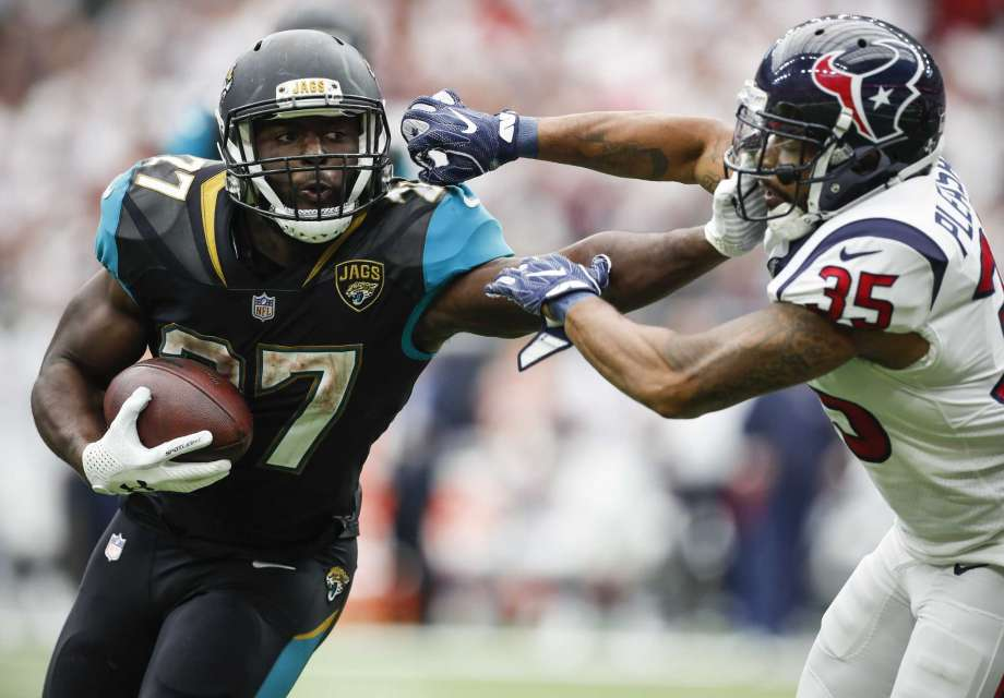 Leonard Fournette  will be in a matchup of old school power Running Backs Sunday as his Jaguars take on  Todd Gurley  and the Rams.