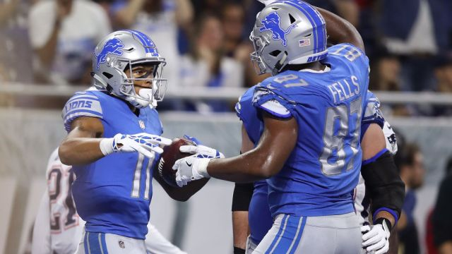 "Standing 6'7"" and 281 pounds it seems  Darren Fells  has become a favorite endzone target of Matt Stafford"