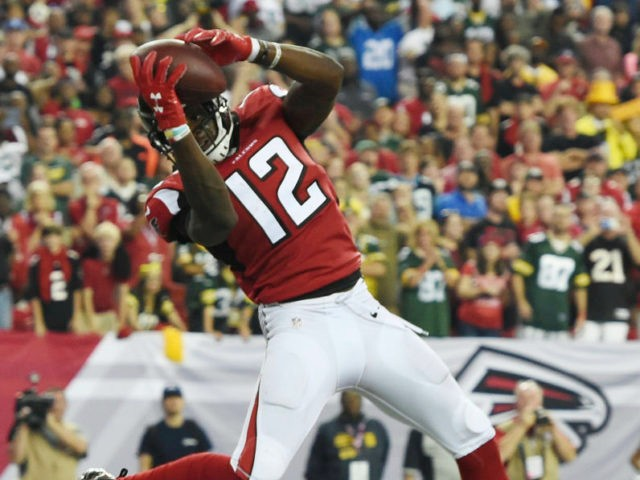 Mohamed Sanu has 3 straight weeks of more than 9 points and is a solid FLEX play against the Cowboys ranked 25th against WR's.