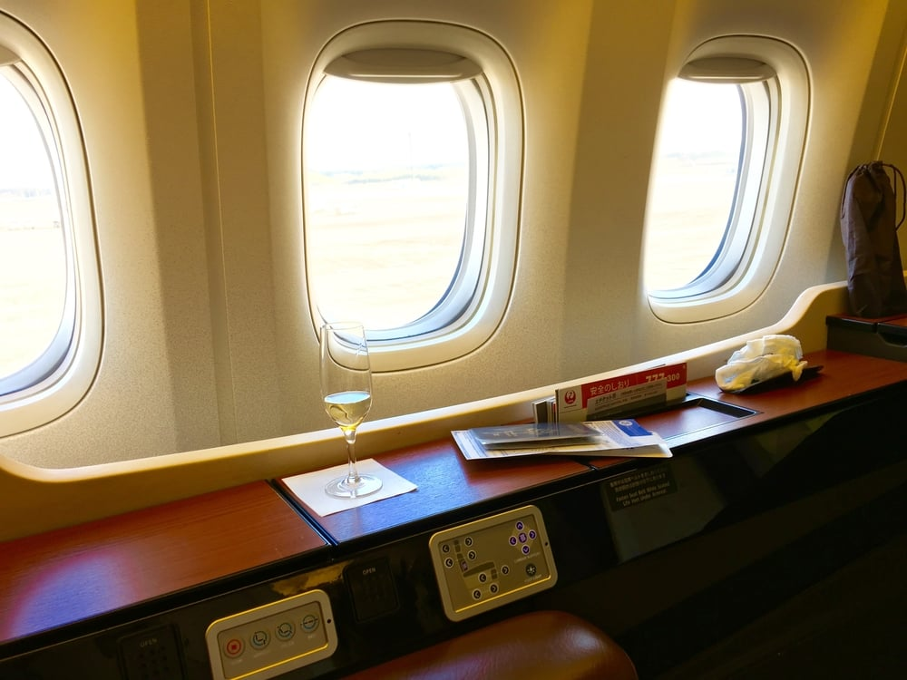 Plenty of space and hidden compartments for knick knacks and ones pre-departure beverage.