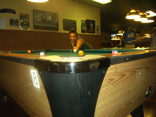 Status Q Bar Billiards - Bar and pool table near me