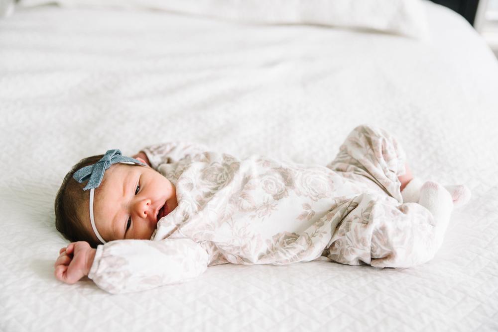 NewbornLifestyleSession-20.jpg