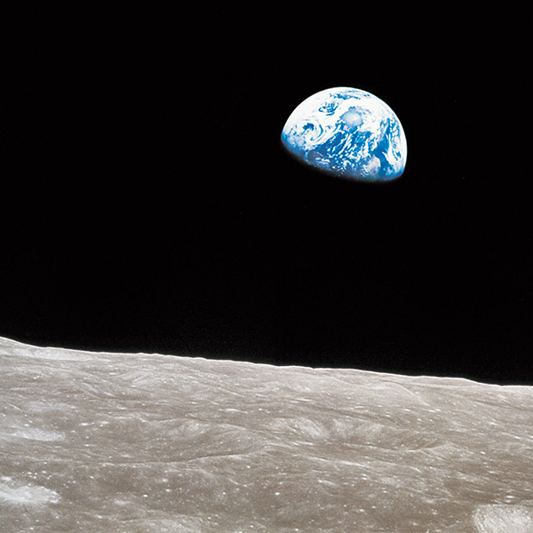 190102a time-100-influential-photos-william-anders-nasa-earthrise-62.jpg